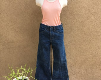 Vintage Women's Bellbottom Jeans/1970's Dark Wash Bellbottoms/ Super Wide Bells
