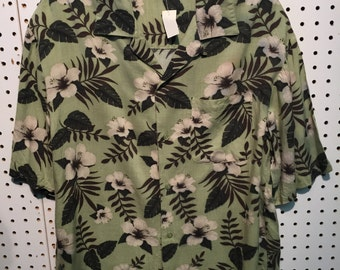 C217 men's small Hawaiian shirt