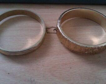 2 vintage bangles
