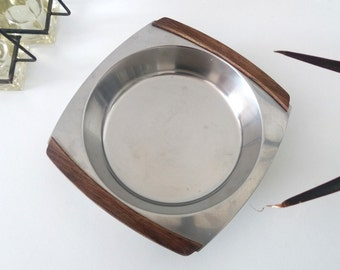Mid Century Modern Stainless Steel serving dish with wooden handles | Danish modern