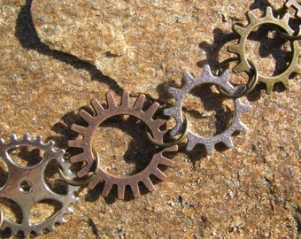 Shifting Gears Necklace