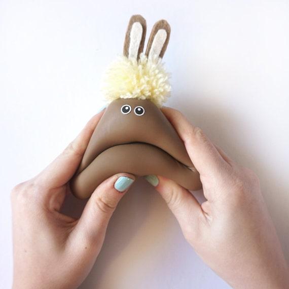 osterhase stress ball kinder geschenk kawaii kaninchen. Black Bedroom Furniture Sets. Home Design Ideas