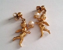 Vintage AVON Gold Tone Faux Pearl Angel Dangle Pierce Earrings
