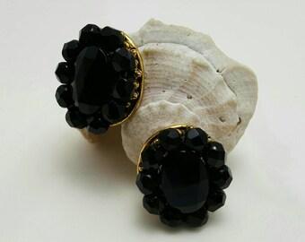 FREIRICH Black Glass Earrings