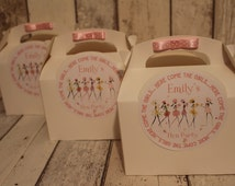 Personalised Hen Party Favour Gift Box with bow..Here come the girls in pink or Maroon ribbon
