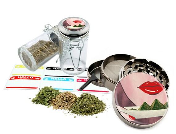 """Rolling Leaf - 2.5"""" Zinc Alloy Grinder & 75ml Locking Top Glass Jar Combo Gift Set Item # 50G21916-3"""