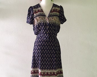 Vintage paisley print dress with open back