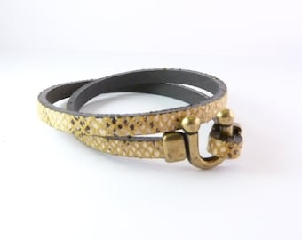 Snake with U clasp leather bracelet