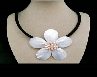 Mother of Pearl, blossom, flower, Pearl, necklace, chain, necklace with jewelry