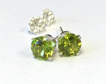 925 Sterling Silver 6 mm Round created Nanosital Peridot Stud Earrings.