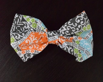 Dog collar bow