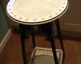 Quirky upcycled hand painted plantstand