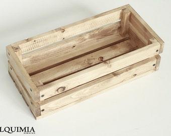 Wooden slats box
