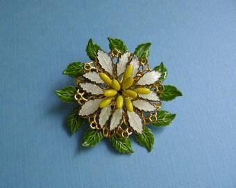 Filigree Flower Pin - Vintage