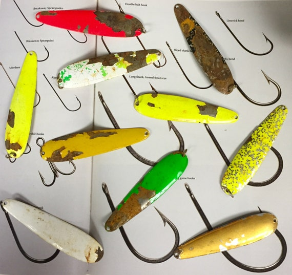 how to clean rusty fishing lures