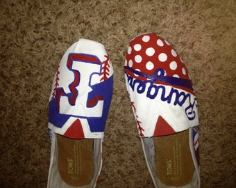 SAMPLE - Custom sports team painted Toms!