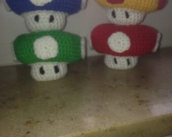Super Mario mushroom Amigurumi