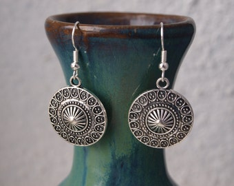 Round silver earrings Circle dangle earrings Boho jewelry Ethnic earrings Girlfriend gift for her Everyday jewelry Valentine's day gift