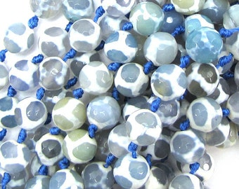 """10mm faceted agate round beads 7"""" strand blue white 17872"""