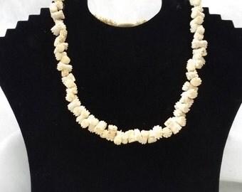 Vintage, antique, carved bone necklace, bone necklace  bone jewelry, bone jewellery, vintage, retro, gothic necklace, goth, steampunk
