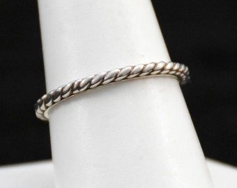 Sterling Silver Vintage Rope Band Ring    J280