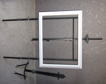 Painting Frame in white.