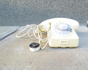 Eggshell color Rotary Phone.