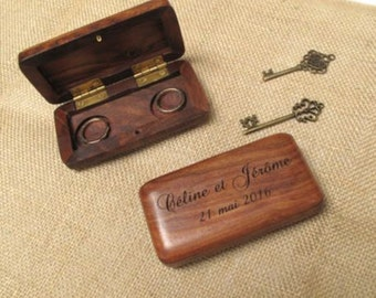 The door rings custom wood case