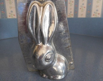 Long Ear Rabbit by Horlein #222/3060 Vintage Metal Candy Mold