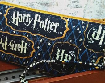 Harry Potter Wristlet - HP Wallet - Books - Nerd - Geek - The Boy Who Lived - Zippered Pouch - Clutch - OOAK - Custom Made