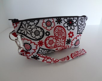 Wristlet Clutch; Zippered Pouch; Make Up Bag; Black & Red