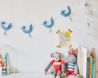 A trio of cute hanging birds, garland, bird bunting, three felt birds, bird garland, bunting nursery, baby shower gift