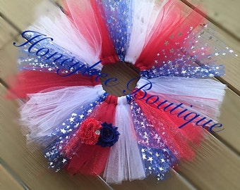 ReD, wHiTe & BlUe 4th of July tutu with flower clip