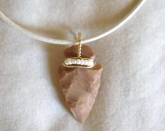 Arrowhead beaded leather necklace