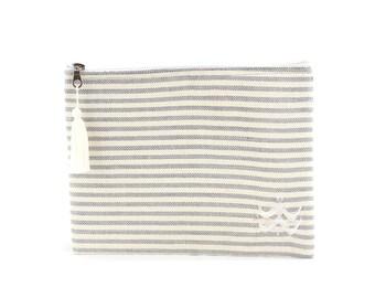 Kit Foutfouta cloth grey fouta - Pompom (tassel) in white cotton yarn