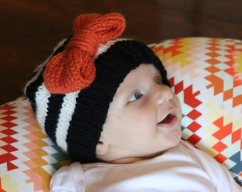 Halloween Baby Bow Hat, Newborn Girl Knit Hat, First Halloween Outfit for Girl, Baby Hat with Bow, Infant Hat for Girls, October Baby Gift