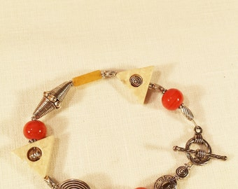 Bracelet, A Mixture of Agate And Glass Beads