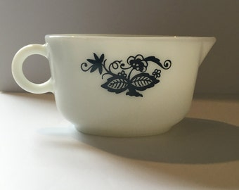 Pyrex milk glass blue onion print gravy boat mint condition
