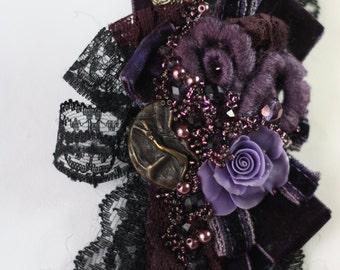 Brooch purple rose