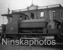 Goods Engine made by Thomas Green & Son, Callao Harbour Dock, Peru, 1920s antique photo reprint, railway engine, locomotive, Vintage Train