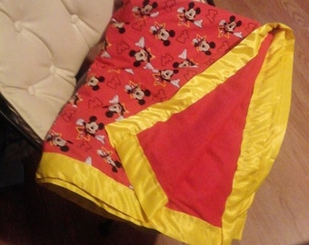 MICKEY MOUSE childrens throw blankets