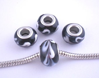 10 Black Lampwork Glass European Style Beads Swoosh Pattern (B109b)