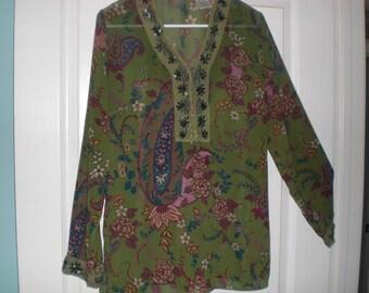 Very pretty ladies blouse.