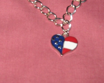 Celebrate our independence with this cute flag heart bracelet.