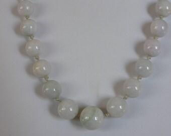 Vintage Chinese Pale Green Jadeit Jade Necklace - 116 gr !!