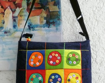 Shoulder bag colorful button