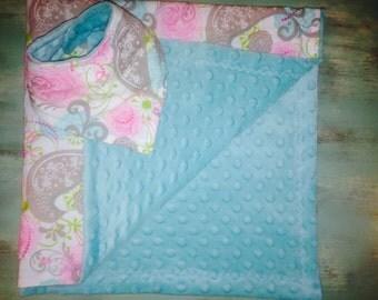 Minky Baby Blanket and Matching Bandana Bib
