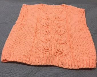 Sleeveless Pullover in Peach Size M