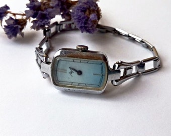 Vintage Ladies watch Luch, made in USSR, Women's soviet watch, Vintage watch, Russian watch,