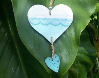 Wooden hearts to hang, white and turquoise with decorative lace. Country chic, cottage chic, romantic chic. Handpainted. OOAK